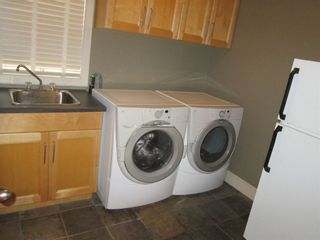 Photo 9: 819 TWIN BROOKS Close in Edmonton: Zone 16 House for sale : MLS®# E4249493