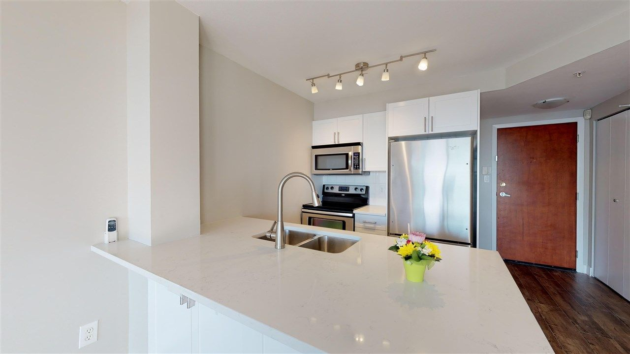 """Main Photo: 1102 2763 CHANDLERY Place in Vancouver: Fraserview VE Condo for sale in """"THE RIVERDANCE"""" (Vancouver East)  : MLS®# R2368823"""