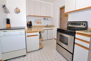 Photo 10: 468 Campbell Street in Winnipeg: River Heights Residential for sale (1C)  : MLS®# 202006550