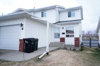 Photo 1: #23, 15 Ritchie Way: Sherwood Park Townhouse for sale : MLS®# E4247263