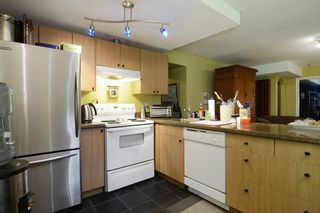 Photo 16: 1401 WINSLOW Avenue in Coquitlam: Central Coquitlam House for sale : MLS®# R2178308
