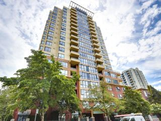 """Photo 1: 309 5288 MELBOURNE Street in Vancouver: Collingwood VE Condo for sale in """"EMERALD PARK PLACE"""" (Vancouver East)  : MLS®# R2616296"""