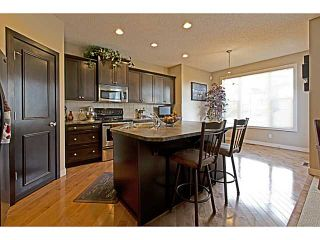 Photo 3: 264 EVEROAK Circle SW in CALGARY: Evergreen Residential Detached Single Family for sale (Calgary)  : MLS®# C3590763