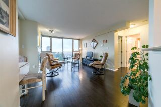 """Photo 2: 1507 3070 GUILDFORD Way in Coquitlam: North Coquitlam Condo for sale in """"LAKESIDE TERRACE"""" : MLS®# R2226403"""
