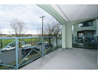 Photo 11: # 204 20110 MICHAUD CR in Langley: Langley City Condo for sale : MLS®# F1426590