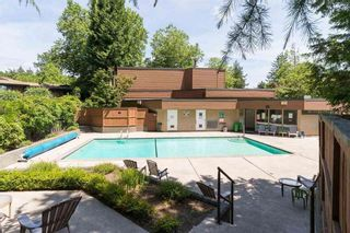"""Photo 2: 805 10620 150 Street in Surrey: Guildford Townhouse for sale in """"Lincoln's Gate"""" (North Surrey)  : MLS®# R2542294"""