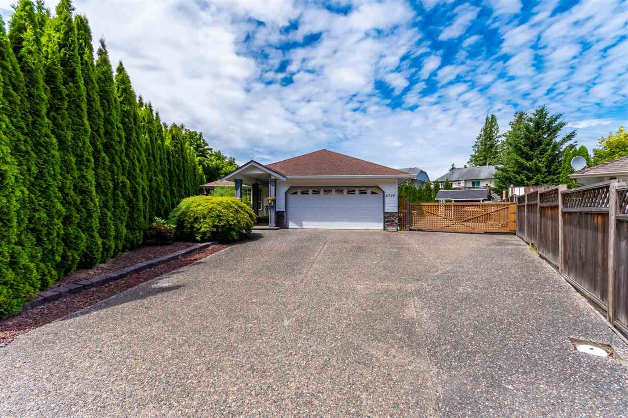 Main Photo: 5727 WINCHESTER Place in Chilliwack: Vedder S Watson-Promontory House for sale (Sardis)  : MLS®# R2468273