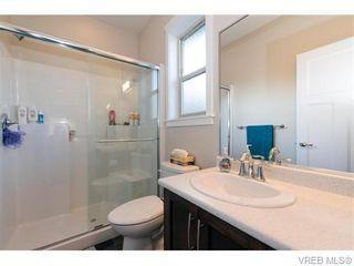 Photo 7: 2566 Selwyn Rd in VICTORIA: La Mill Hill Half Duplex for sale (Langford)  : MLS®# 744883