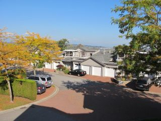 """Photo 14: 4 323 GOVERNORS Court in New Westminster: Fraserview NW Townhouse for sale in """"FRASERVIEW"""" : MLS®# R2135689"""