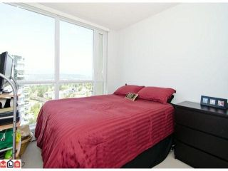 """Photo 7: 1810 10777 UNIVERSITY Drive in Surrey: Whalley Condo for sale in """"CITY POINT"""" (North Surrey)  : MLS®# F1216644"""