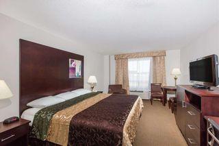 Photo 4: 42 AV: Innisfail Hotel/Motel for sale : MLS®# C4188590