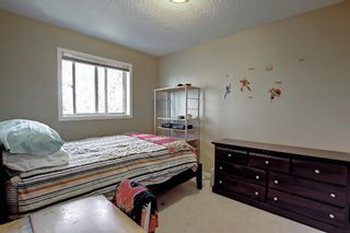 Photo 18: 690 Coventry Drive NE in Calgary: Coventry Hills Detached for sale : MLS®# A1144228