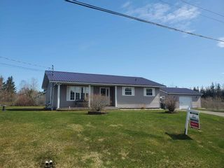 Photo 1: 27 Layton Drive in Howie Centre: 202-Sydney River / Coxheath Residential for sale (Cape Breton)  : MLS®# 202108872