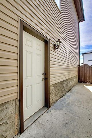Photo 4: 312 SADDLEMONT Boulevard NE in Calgary: Saddle Ridge Detached for sale : MLS®# C4299986