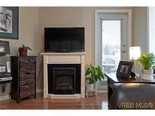Photo 6: 102 360 Goldstream Ave in VICTORIA: Co Colwood Corners Condo for sale (Colwood)  : MLS®# 560651