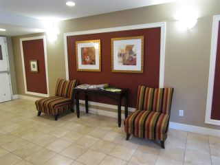 """Photo 6: 405 30525 CARDINAL Avenue in Abbotsford: Abbotsford West Condo for sale in """"Tamarind Westside"""" : MLS®# R2170805"""