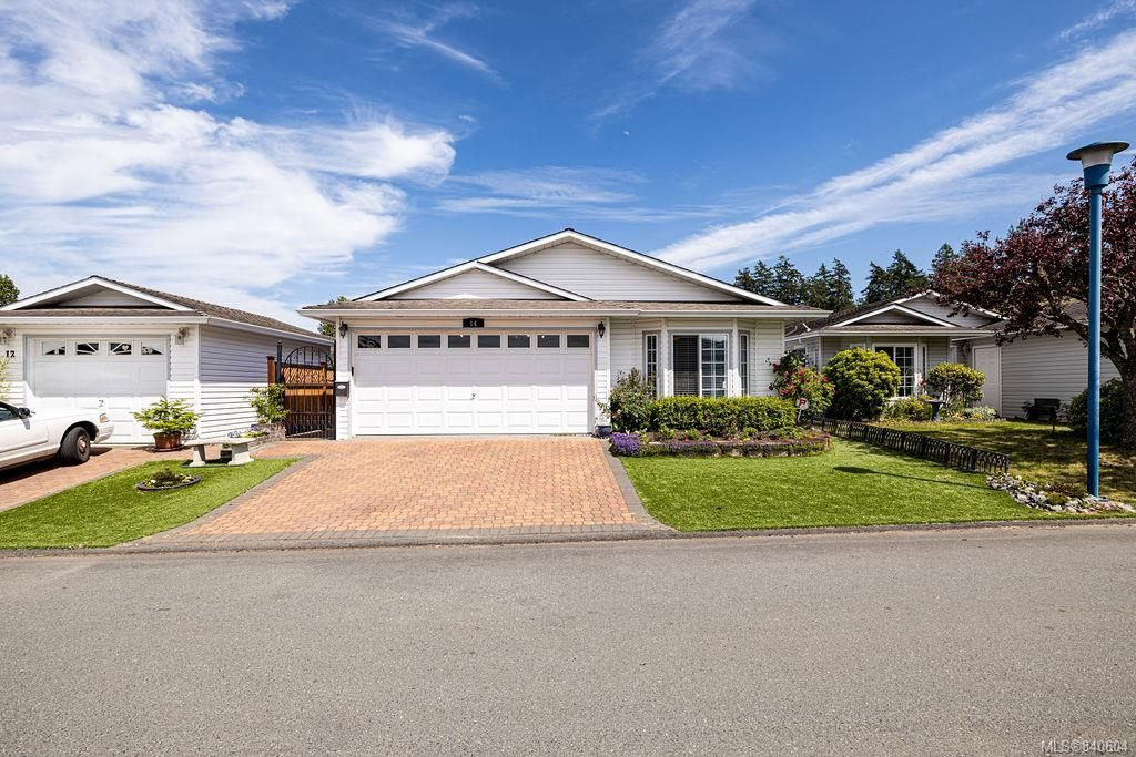 Main Photo: 14 Eagle Lane in View Royal: VR Glentana Manufactured Home for sale : MLS®# 840604