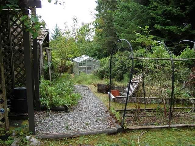 Photo 14: Photos: 512 ROCKMOYNE PL: Bowen Island House for sale : MLS®# V1024617