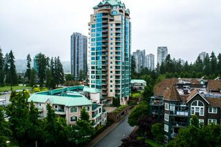 Photo 14: 805 1189 EASTWOOD STREET in Coquitlam: North Coquitlam Condo for sale : MLS®# R2495204