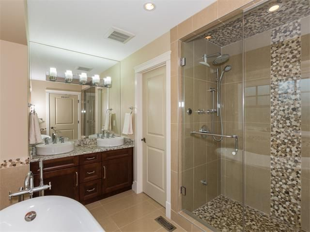Photo 20: Photos: 1811 42 Avenue SW in Calgary: Altadore_River Park House for sale : MLS®# C4026681