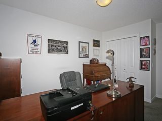 Photo 20: 451 HILLCREST Circle SW: Airdrie House for sale