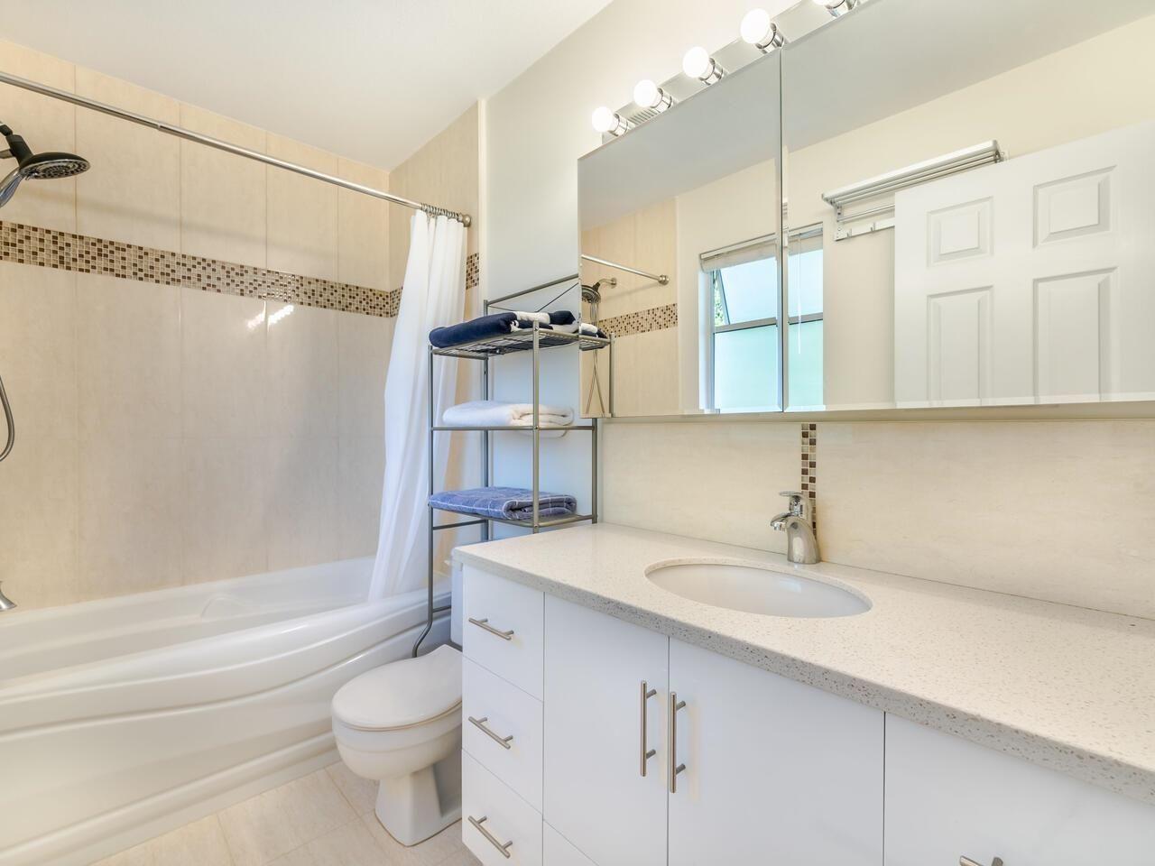 Photo 18: Photos: 5602 WILSON Court in Richmond: Hamilton RI House for sale : MLS®# R2602420