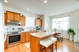 """Photo 4: 19849 69B Avenue in Langley: Willoughby Heights House for sale in """"Providence"""" : MLS®# R2394300"""