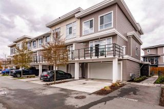 Photo 1: 85 8413 MIDTOWN Way: Townhouse for sale in Chilliwack: MLS®# R2562039