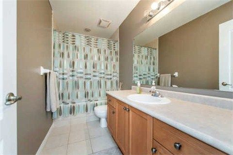 Photo 10: Photos: 53 N Lady May Drive in Whitby: Rolling Acres House (Bungaloft) for sale : MLS®# E3206710