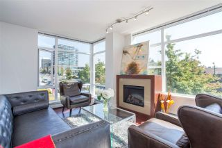 """Photo 1: 304 158 W 13TH Street in North Vancouver: Central Lonsdale Condo for sale in """"Vista Place"""" : MLS®# R2304505"""
