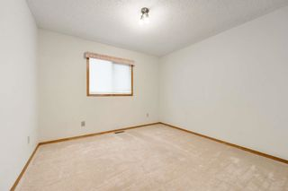 Photo 11: 22 EASTWOOD Place: St. Albert House for sale : MLS®# E4261487