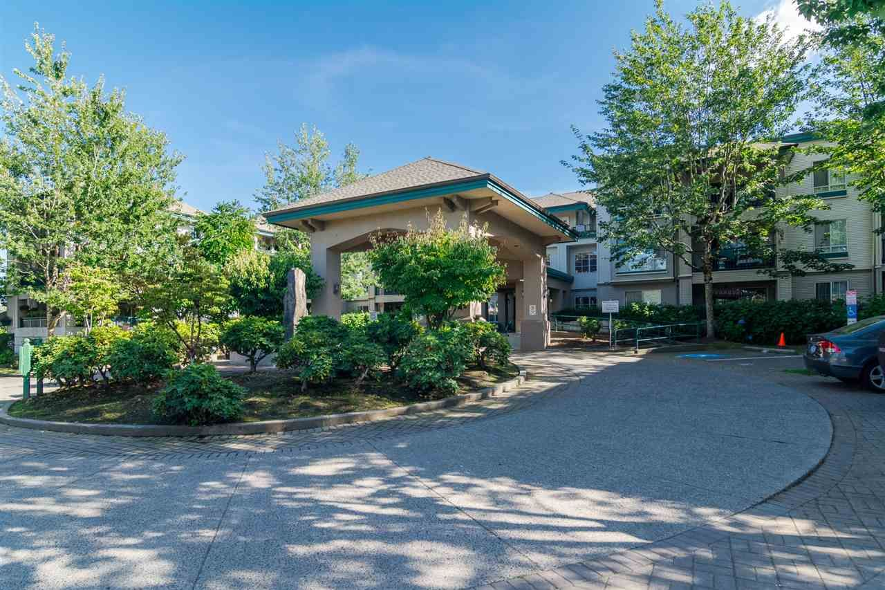 """Main Photo: 335 19528 FRASER Highway in Surrey: Cloverdale BC Condo for sale in """"THE FAIRMONT"""" (Cloverdale)  : MLS®# R2197487"""