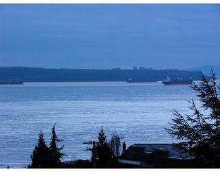 "Photo 1: 603 2167 BELLEVUE Avenue in West Vancouver: Dundarave Condo for sale in ""VANDEMAR WEST"" : MLS®# V802526"