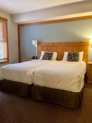 """Photo 7: 203A 2036 LONDON Lane in Whistler: Whistler Creek Condo for sale in """"LEGENDS"""" : MLS®# R2623208"""