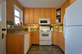 Photo 4: 2743 W 21ST Avenue in Vancouver: Arbutus House for sale (Vancouver West)  : MLS®# V943719
