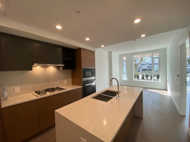 Photo 3: Photos: 110-469 W. King Edward in Vancouver: Marpole Condo for rent