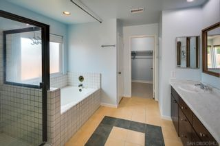 Photo 12: RANCHO PENASQUITOS House for sale : 3 bedrooms : 9221 Lethbridge Way in San Diego