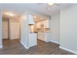 """Photo 7: 105 33956 ESSENDENE Avenue in Abbotsford: Central Abbotsford Condo for sale in """"Hillcrest Manor"""" : MLS®# R2192762"""