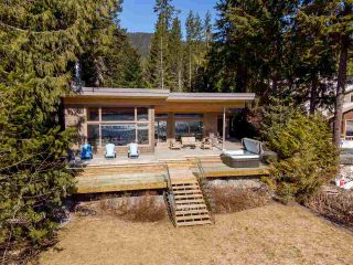 """Photo 20: 9229 LAKESHORE Drive in Whistler: Emerald Estates House for sale in """"WATERFRONT on Green Lake - Emerald Estates"""" : MLS®# R2572982"""