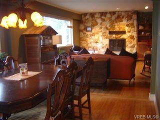 Photo 2: 5010 Santa Clara Ave in VICTORIA: SE Cordova Bay House for sale (Saanich East)  : MLS®# 683806