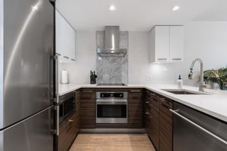 """Photo 16: 909 1783 MANITOBA Street in Vancouver: False Creek Condo for sale in """"RESIDENCES AT WEST"""" (Vancouver West)  : MLS®# R2625180"""