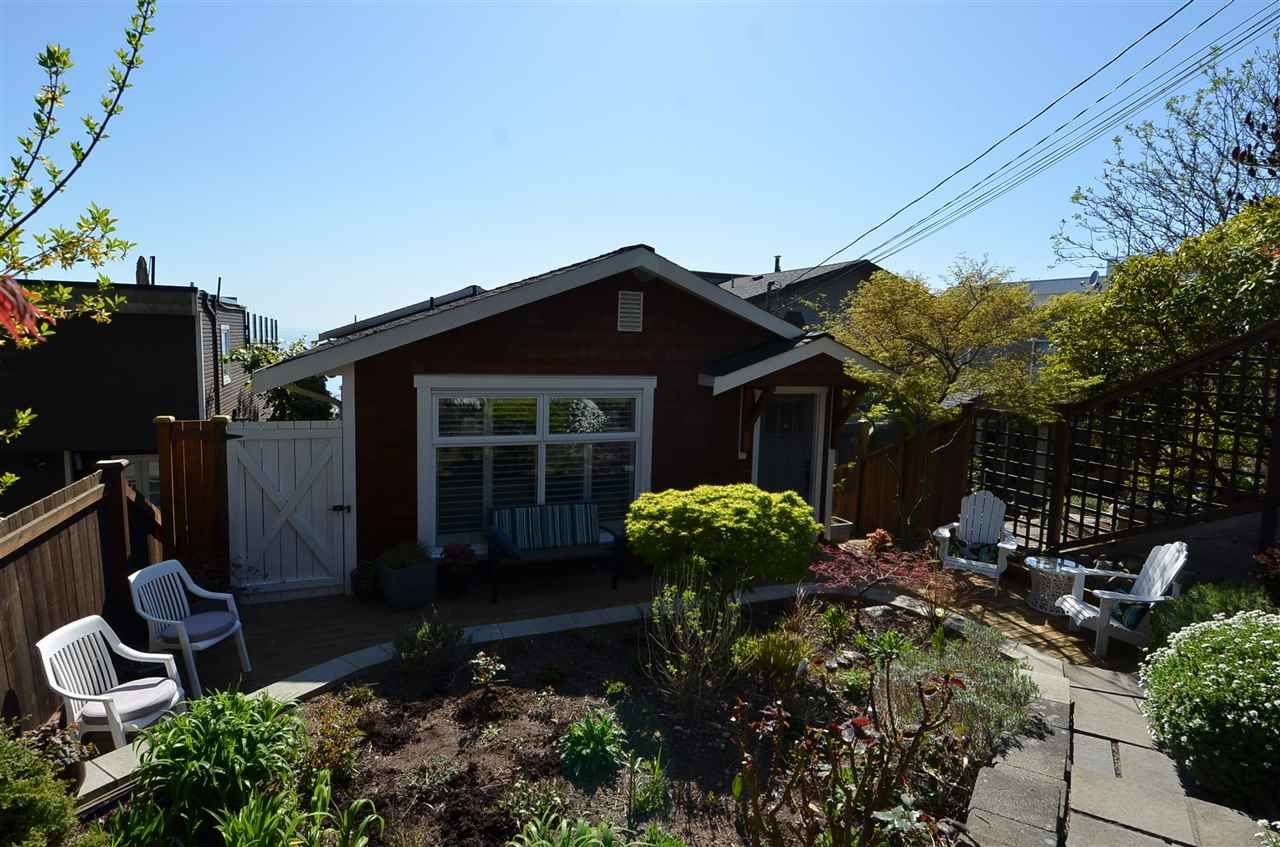"""Main Photo: 15478 COLUMBIA Avenue: White Rock House for sale in """"Hillside"""" (South Surrey White Rock)  : MLS®# R2572155"""