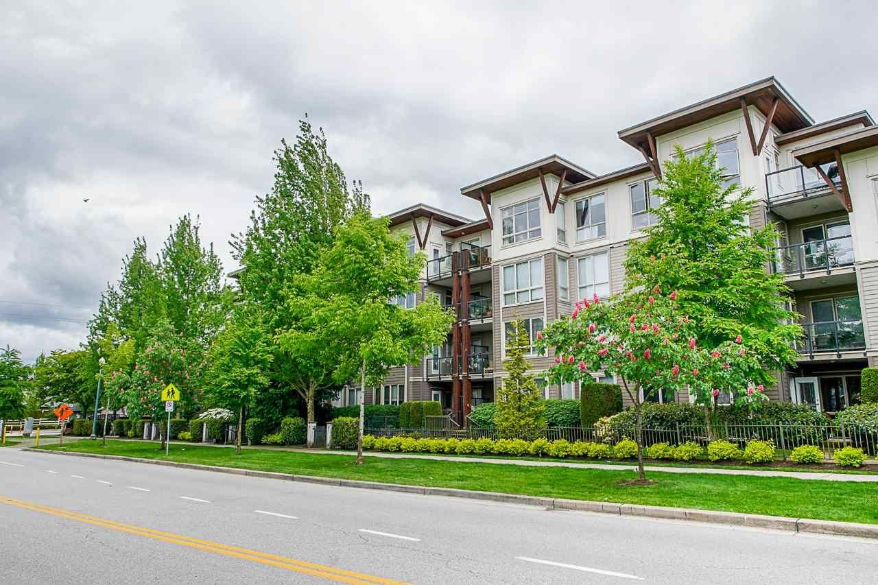 """Main Photo: 215 15988 26 Avenue in Surrey: Grandview Surrey Condo for sale in """"THE MORGAN"""" (South Surrey White Rock)  : MLS®# R2455844"""