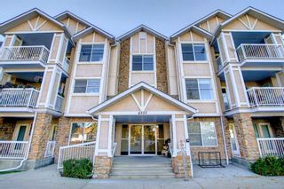 Main Photo: 302 4507 45 Street SW in Calgary: Glamorgan Apartment for sale : MLS®# A1150567