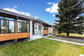 Photo 3: 7207 90 Avenue in Edmonton: Zone 18 House for sale : MLS®# E4262799