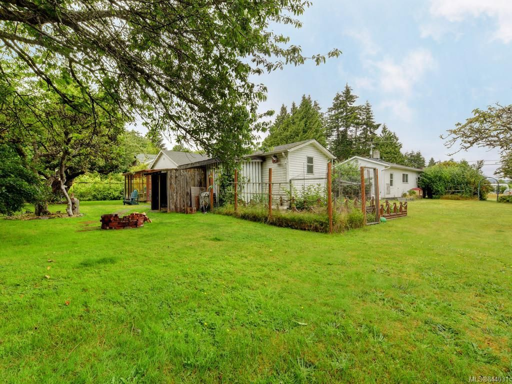 Photo 22: Photos: 1972 Murray Rd in Sooke: Sk Sooke Vill Core House for sale : MLS®# 844031