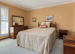 Photo 18: 119 OAKFERN Road SW in Calgary: Oakridge House for sale : MLS®# C4185416