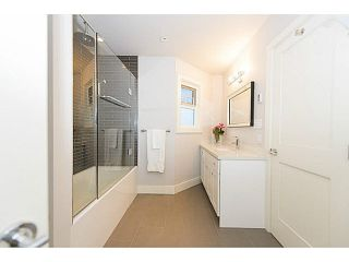 """Photo 17: A2 1100 W 6TH Avenue in Vancouver: Fairview VW Townhouse for sale in """"FAIRVIEW PLACE"""" (Vancouver West)  : MLS®# V1094784"""