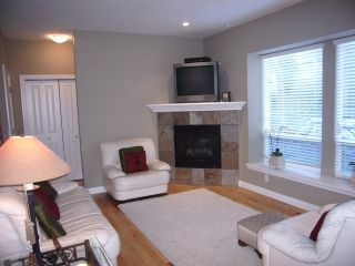Photo 7: 3338 148 Street in Maple Wynd: Home for sale : MLS®# F2723715