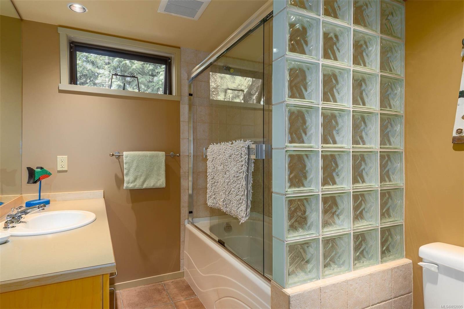 Photo 23: Photos: 236 McGill Rd in : GI Salt Spring House for sale (Gulf Islands)  : MLS®# 852095